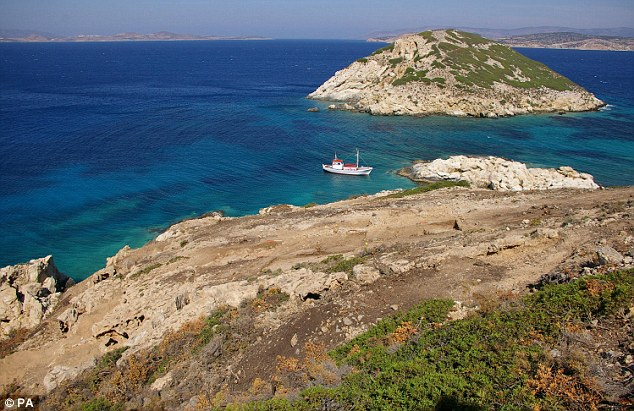 Keros islands cyclades sailing